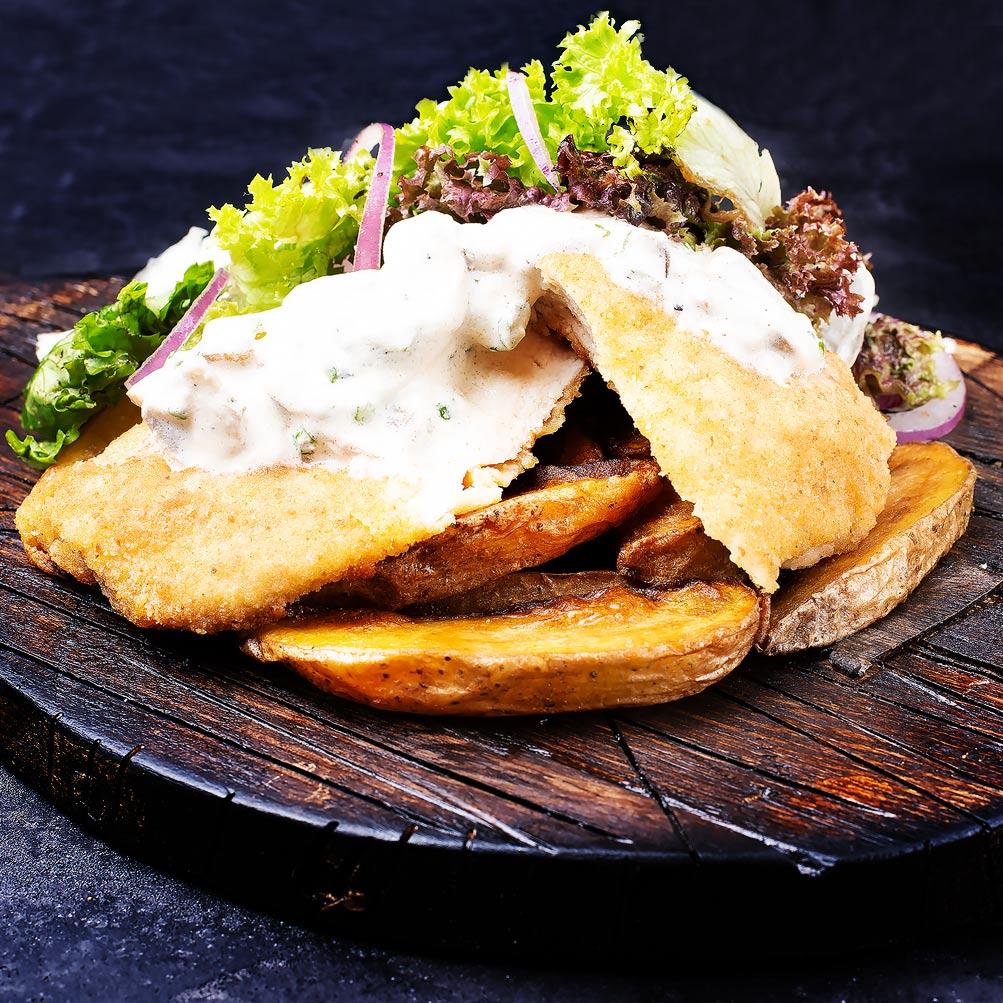 Куриный стейк с грибным соусом